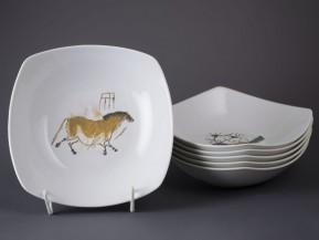 6 čtyřhranných talířů 21cm Pravěk